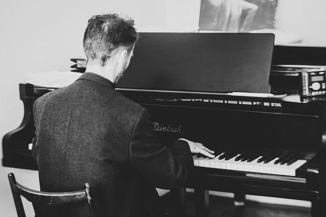pianist 2225226 640